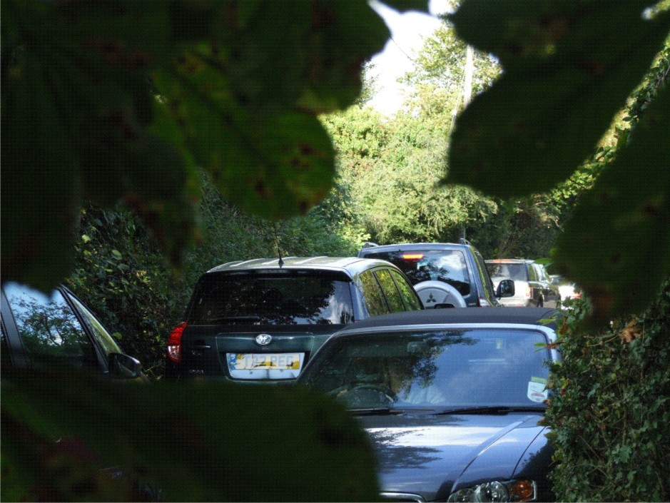 School traffic turns Pipers Lane into gridlock